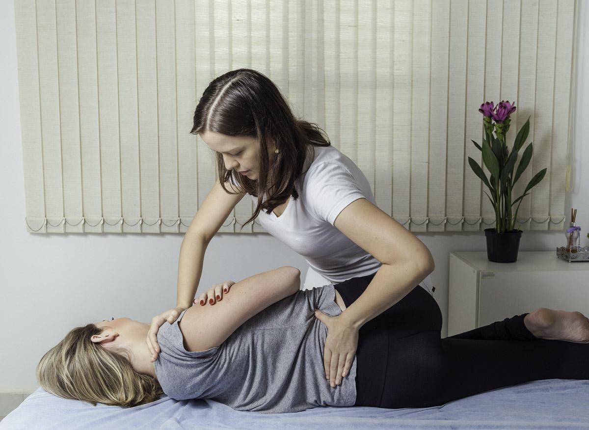 Chiropractic Adjustment Minneapolis Health & Wellness NE